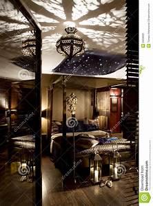Orientalisches Schlafzimmer Dekoration : luxuri ses orientalisches schlafzimmer stockbild bild von versorgt eigenschaft 23238581 ~ Markanthonyermac.com Haus und Dekorationen