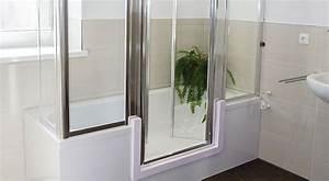Dusche Und Wanne : badewanne mit t r begehbare dusche duschbadewanne komfort im bad ~ Markanthonyermac.com Haus und Dekorationen