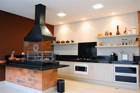 photo une cuisine am 233 ricaine avec barbecue d int 233 rieur