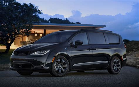 2019 Chrysler Pacifica Hybrid S Appearance Package When