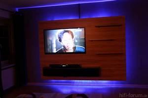 Fernseher Aufhängen Höhe : fernseh wand 02 doityourself lautsprecher hififorum ~ Markanthonyermac.com Haus und Dekorationen