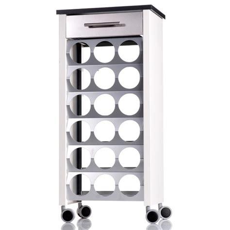 rangement bouteille cuisine rangement cuisine 10 solutions pratiques pour organiser sa cuisine