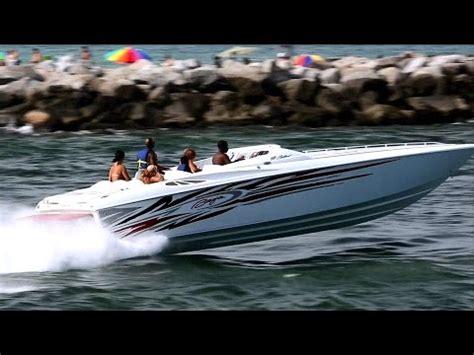 Baja Boats You Tube by Baja 33 Outlaw Powerboat Youtube