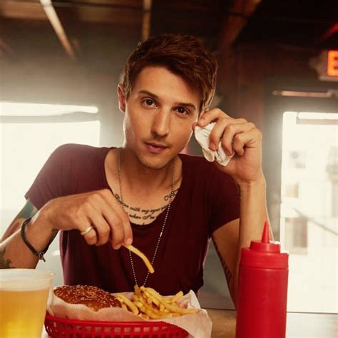 Whatever Floats Your Boat Ryan Follese by Hot Chelle Rae S Ryan Follese Has Gone Country Coup De
