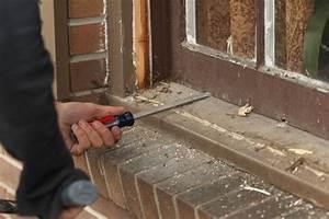 Fliesen Lösen Ohne Beschädigung : holzfenster ausbauen anleitung in 5 schritten ~ Markanthonyermac.com Haus und Dekorationen