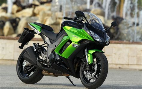Kawasaki Z1000sx Wallpapers