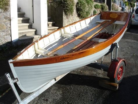 Rowing Boats For Sale Devon by For Sale Morgan Giles Wooden Rowing Dinghy