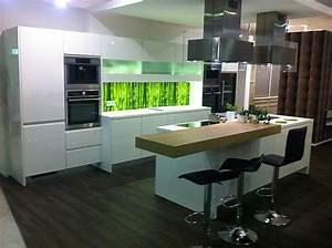 Küchen Weiß Hochglanz : nobilia k chen weiss hochglanz ~ Markanthonyermac.com Haus und Dekorationen