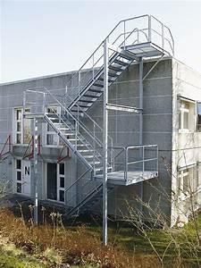 Treppen Handlauf Vorschriften : treppengel nder weland gmbh ~ Markanthonyermac.com Haus und Dekorationen
