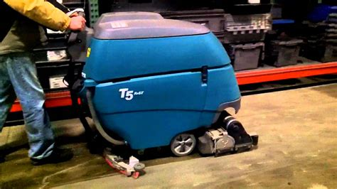 tennant t5 floor scrubber dryer