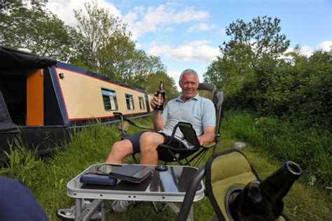 Living On A Boat Full Time Uk by Discover The Real Costs Of Owning And Living On A