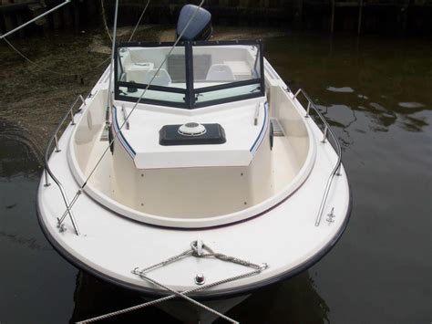 Proline Boats For Sale Long Island by Pro Line 23 Walk Around Cuddy Cabin The Hull Truth