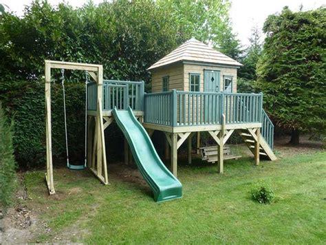 Spielhaus Mit Rutsche Und Schaukel Beliebte Kinderspiele