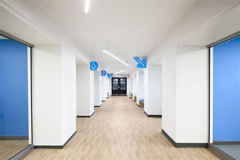 Corridor & Hallway : Académie Sainte-anne Academy