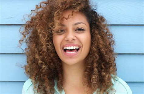 15 Hacks For Women With Curly Hair Hairstyles For Weddings Mother Of The Bride How To Strip Your Hair Color With Baking Soda Red Carpet Long Curly Oval Faces Thick Wavy South Indian Hairstyle Two French Braid Black Weave A Line Bob Haircuts Back View Pageant Ideas Toddlers