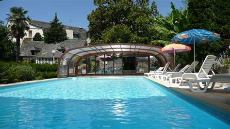 hotel avec piscine tennis sauna mini golf