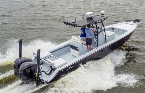 Bay Boat With Twin Engines by 28 Gravois Hybrid Bay Recreational Metal Shark