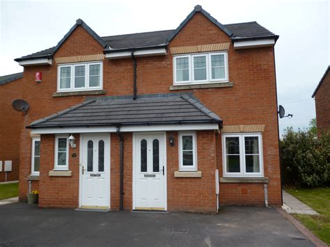 2 Bed Semidetached House To Rent, Edenside Cargo