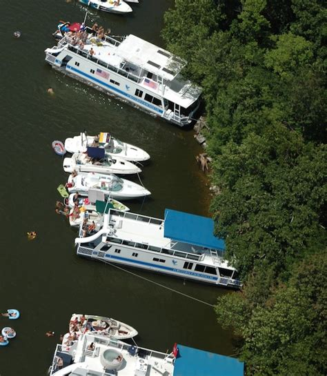 Lake Of Ozarks Boat Rental Close To Party Cove by Update Man Dies In Party Cove The Lake Lakeexpo