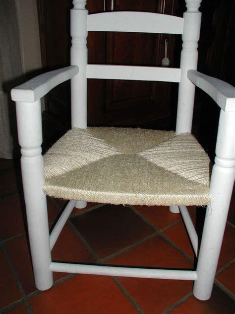 quot rempailler quot une chaise avec de la ficelle les deux mains de mamounette