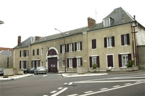 justice annuaires et contacts poissy