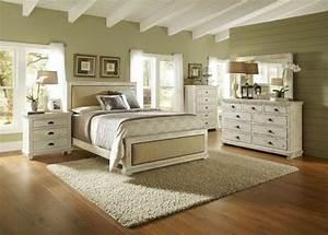 Schlafzimmer Massivholz Landhausstil : schlafzimmer aus massivholz 86 interieurs ~ Markanthonyermac.com Haus und Dekorationen