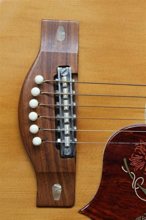 FG 300  Yamaha Guitars