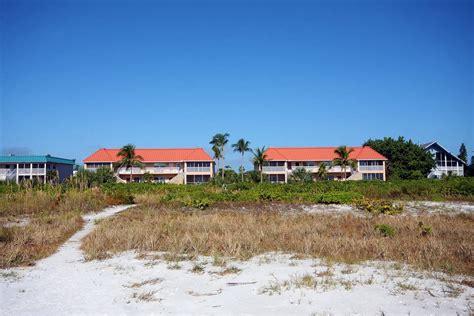 Sanibel Island Boat Rental by Sanibel Arms Vacation Condo Rentals Sanibel Island