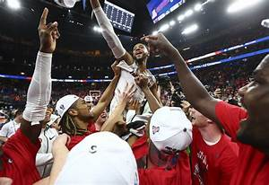 Arizona repeats as Pac-12 champion behind dominant Deandre ...
