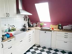 Küche In Dachschräge : dachschr ge k che arbeitsplatte beleuchtung stillen und ~ Markanthonyermac.com Haus und Dekorationen