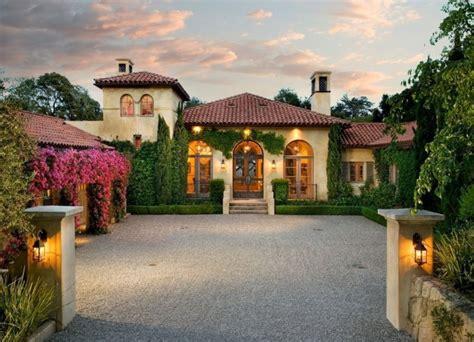 Spanish Mediterranean Homes Interior Design