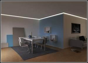 Beleuchtung Im Wohnzimmer : wohnzimmer decke mit indirekter beleuchtung wohnzimmer house und dekor galerie blagyrdzb7 ~ Markanthonyermac.com Haus und Dekorationen