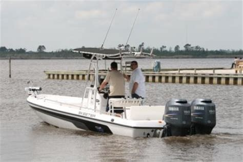 Bay Boat With Twin Engines 2008 24ft skeeter twin 150 yami 4 strokes the hull
