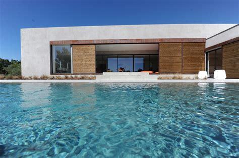 ventes a vendre au coeur du luberon maison contemporaine avec piscine et vue agence rosier