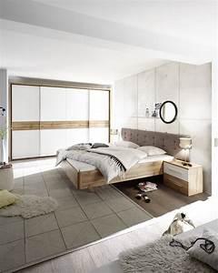 Möbel Schlafzimmer Komplett : schlafzimmer komplett set 5 tlg bergamo bett 180 kleiderschrank wei wildeiche ebay ~ Markanthonyermac.com Haus und Dekorationen