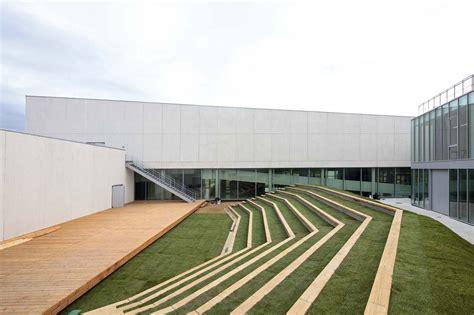 Architecture : Carcassonne / Jacques Ripault Architecture