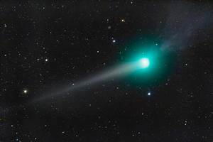 Comet Pictures | Comets Image Gallery | Outer Space Universe