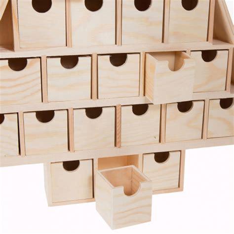 calendrier de l avent en bois