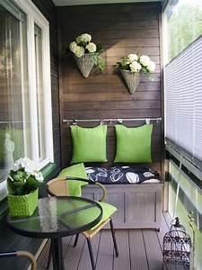 Kleine Wäschespinne Für Balkon : balkon ideen interessante einrichtungsideen kleiner balkons freshouse ~ Markanthonyermac.com Haus und Dekorationen