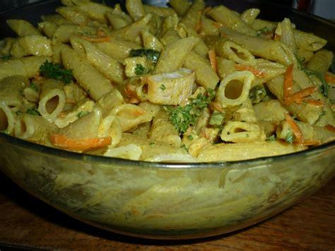 salade de pates poulet carottes sauce curry miel quot du jardin et du march 233 224 l assiette et 224