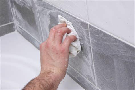 nettoyer la fa 239 ence d une salle de bain ou le carrelage