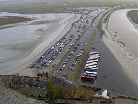 file mont st michel parking jpg