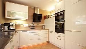 Küchen Weiß Hochglanz : design einbauk che diamant weiss hochglanz lack k chen quelle ~ Markanthonyermac.com Haus und Dekorationen
