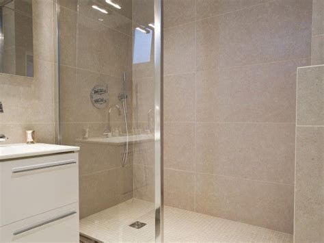 25 best ideas about carrelage beige on carrelage de salle de bains beige salle de