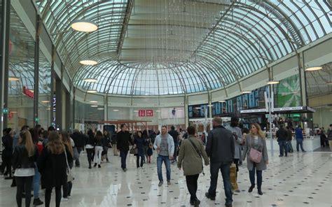 serris les clients ont d 233 couvert les nouveaux magasins du val d europe le parisien