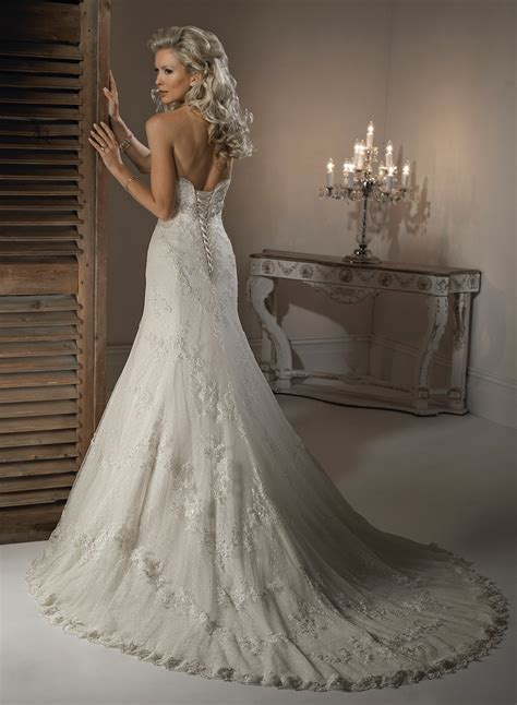 25 Lace Wedding Dresses Ideas To Look Gorgeous  Magment. Wedding Dress With See Through Corset. Wedding Dresses 2016 Trends. Cheap Wedding Dresses Amarillo Tx. Wedding Guest Dresses Grandmothers. Wedding Dresses For 50+ Brides. Coloured Winter Wedding Dresses Uk. Wedding Guest Dresses Oasis. Wedding Long Sleeve Gown