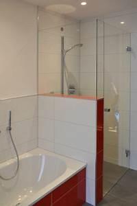 Dusche Neben Badewanne : badbereich dusche wanne klocke badezimmer pinterest ~ Markanthonyermac.com Haus und Dekorationen