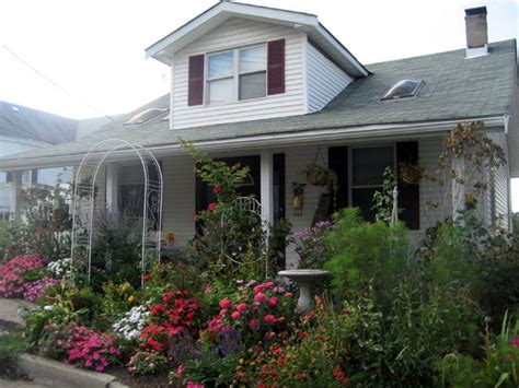 Our Favorite Cottage Gardens From Rate My Space