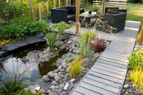 Garden Types :  Types Of Landscaping Plants And Shrubs