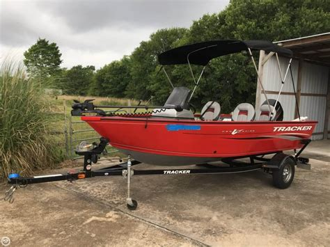 Tracker Boats Austin Tx by Used Tracker Pro Guide Boats For Sale Boats